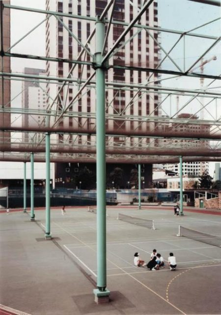 Andreas Gursky-Paris Beaugrenelle-1988