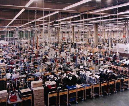 Andreas Gursky-Siemens Karlsruhe-1991