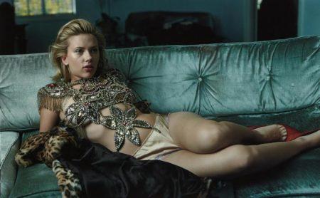 Annie Leibovitz-Scarlett Johansson-2004
