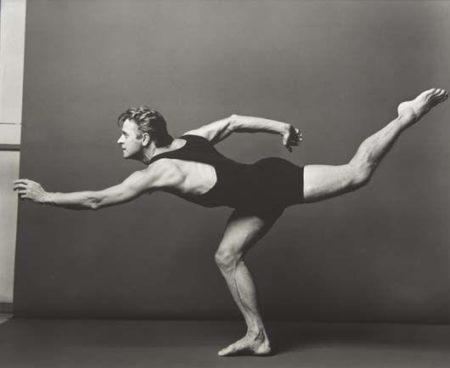 Annie Leibovitz-Brussels, M.Baryshnikov, Studio-1990