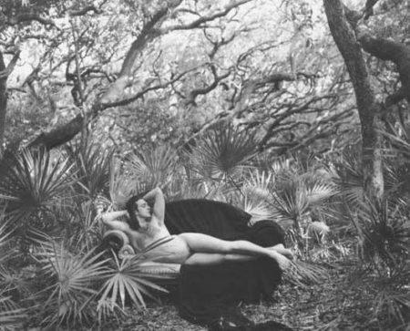 Annie Leibovitz-Mark Morris, Cumberland Island, Georgia-1990