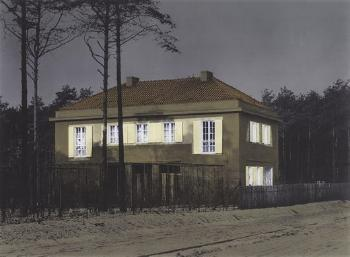 Thomas Ruff-H.p.b. 01-2001