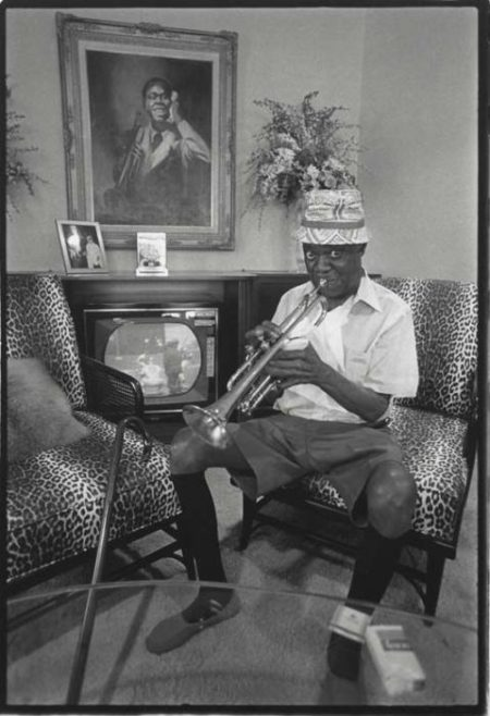 Annie Leibovitz-Louis Armstrong, Queens, New York-1971