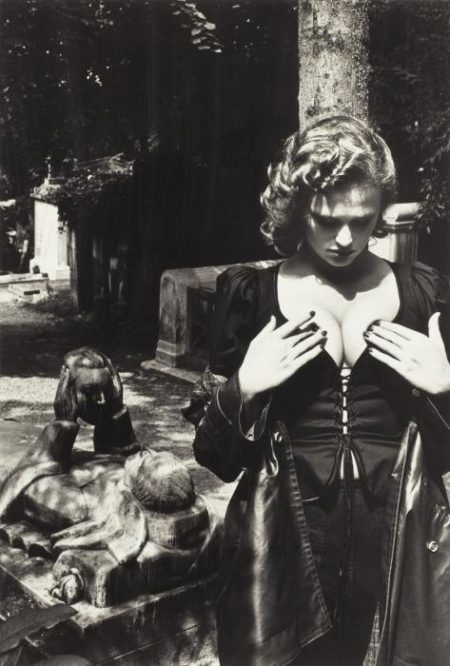 Helmut Newton-Pere Lachaise, Tomb Of Talma, Paris-1977