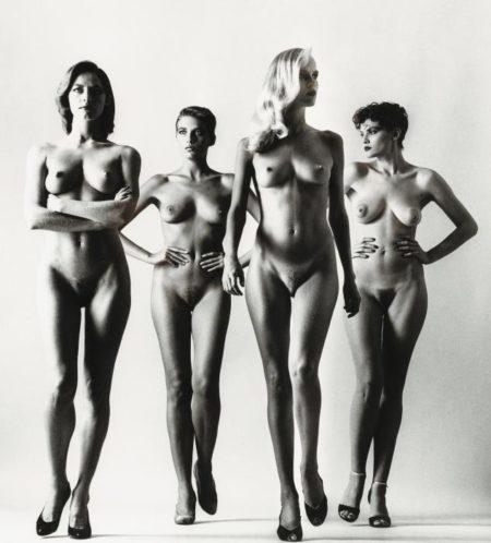 Helmut Newton-Sie Kommen (Naked) (De Private Property III)-1981