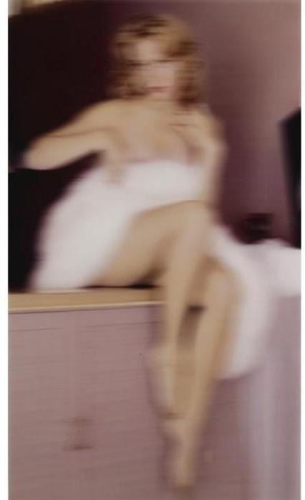Thomas Ruff-Nudes GF 10-2000