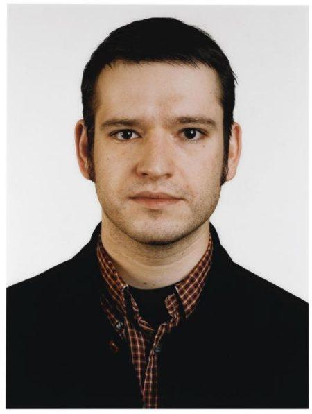 Thomas Ruff-Portrait (Ch. Jendreiko)-1999