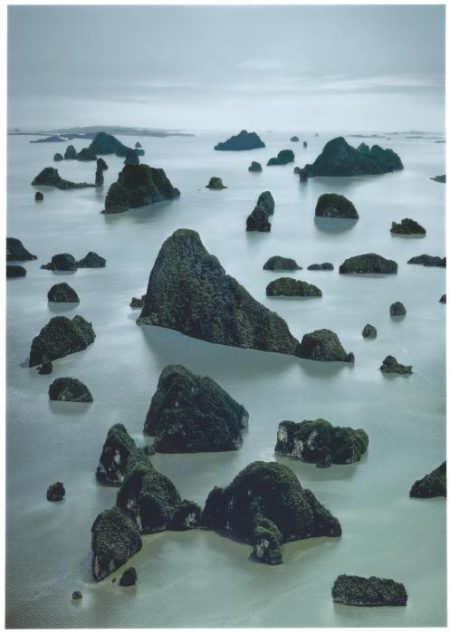 Andreas Gursky-James Bond Island I-2007