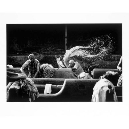 Sebastiao Salgado-India (Migrants Doing Laundry Work, Bombay)-1995