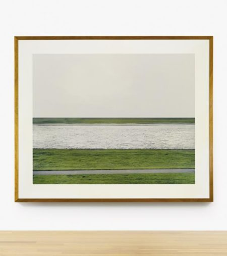 Andreas Gursky-Rhein I-1996