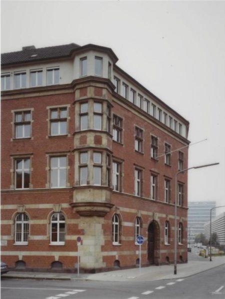 Thomas Ruff-Haus Nr 7 II-1988