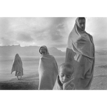 Sebastiao Salgado-Campo de Korem, Ethiopia; Ecuador-1984