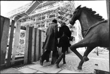 Sebastiao Salgado-Centre George Pompidou, Paris-1975