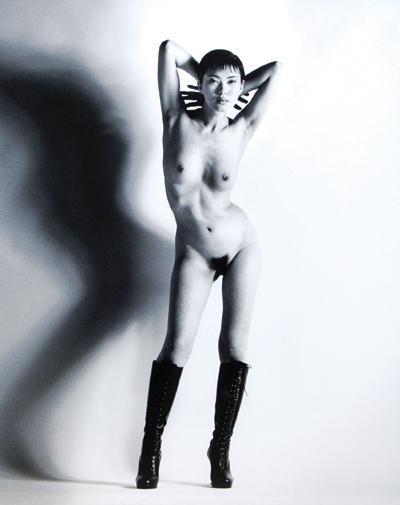Helmut Newton-Big Nude Yoko, Nice (1993)-1993