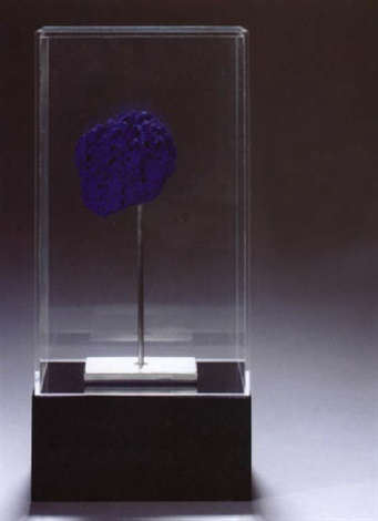 Yves Klein-Eponge se 267-