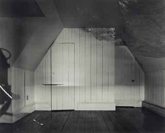 Abelardo Morell-Camera Obscura Image of the Sea in the Attic-1994