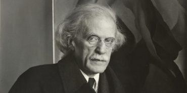 Alfred Stieglitz - Photo of the artist, 1934 - Image via 291 - 291 museum