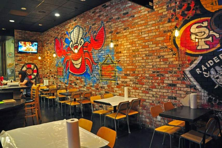 Thinking Of Enjoying A Graffiti Restaurant Here Is Why