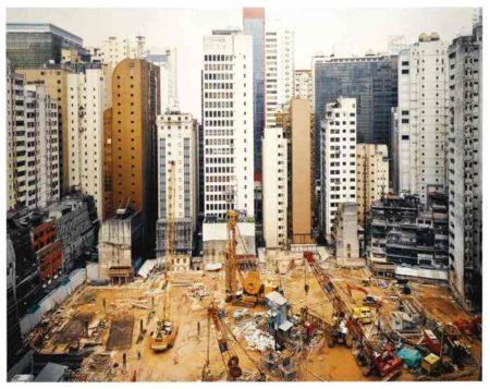 Andreas Gursky-Hong Kong Island-1994
