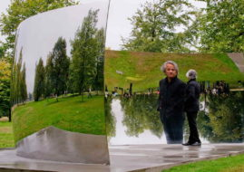 Anish Kapoor, via pinterest com