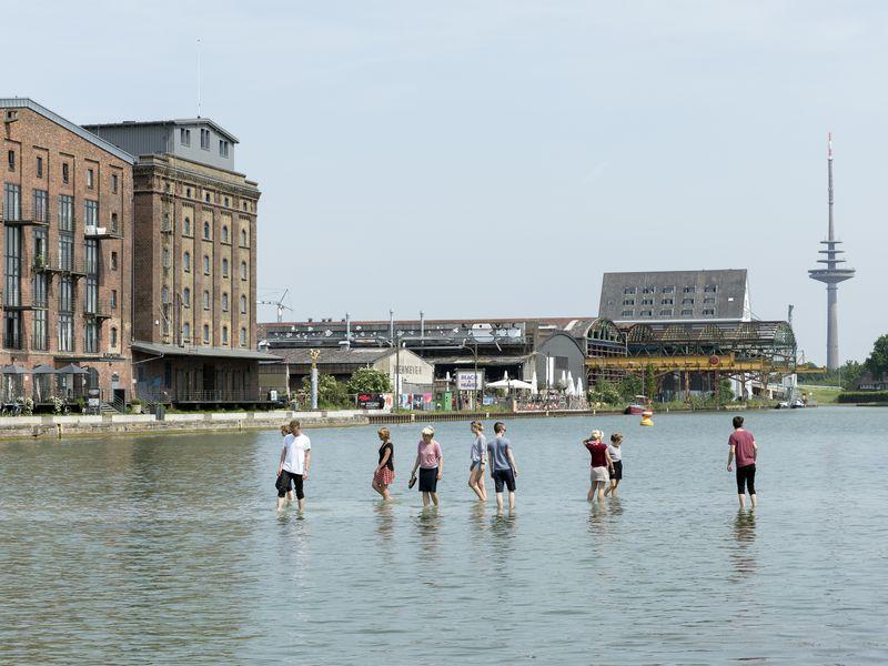 Ayse Erkmen, On Water. Photo by Genning Rogge