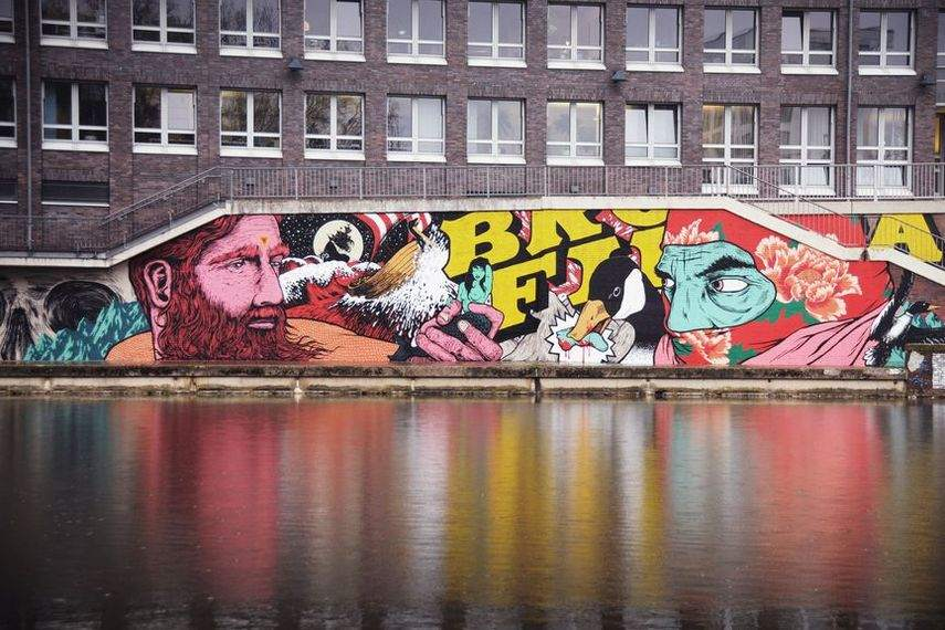israeli bfc does graffiti around the world including germany and london in 2012 and 2014