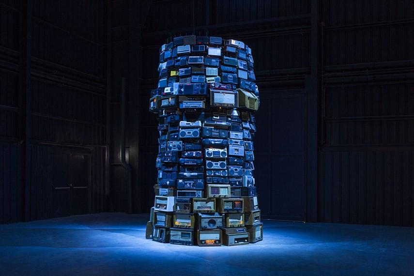 Babel', Cildo Meireles, 2001   Tate