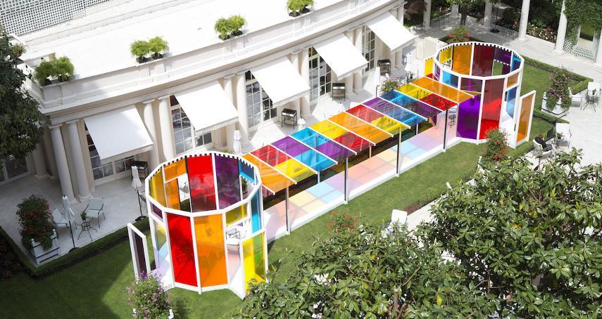 Daniel Buren - Installation at Le Situ Bristol hotel in Paris - Image via cdncom