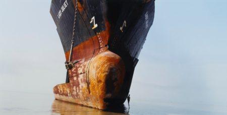 Edward Burtynsky-Shipbreaking no.50, Chittagong, Bangladesh-2003