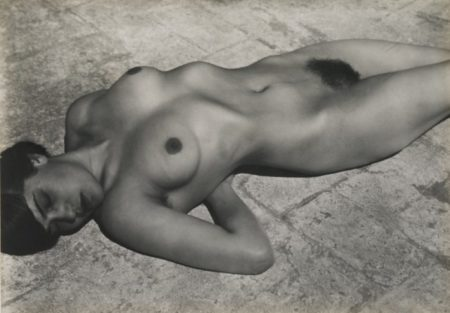Edward Weston-Nude (Tina On The Azotea)-1923