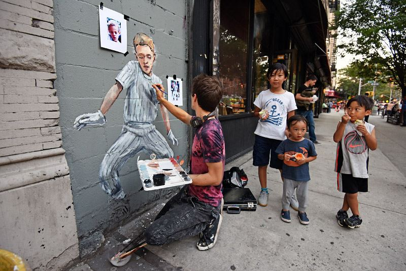Ernest Zacharevic - Kid Fly making of - Photo Credit Martha Cooper
