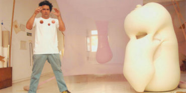 Ernesto Neto in his Studio, 2001 -Photo by Rogério Faissal