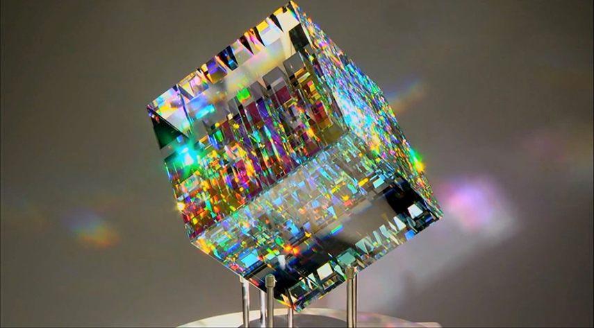 Glass art between craft and design widewalls - Glass art by artis ...