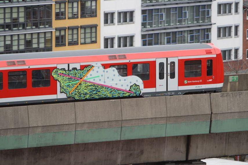 moses and taps train graffiti