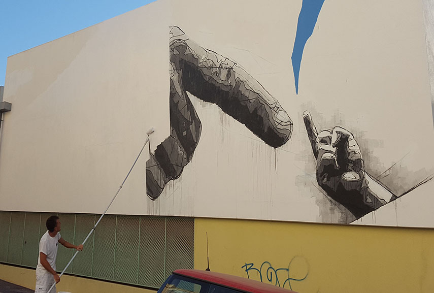 Ino's Mural being Removed