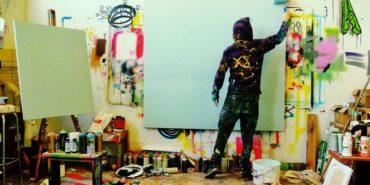 Joachim in his studio - image via Joachim's facebook fan page