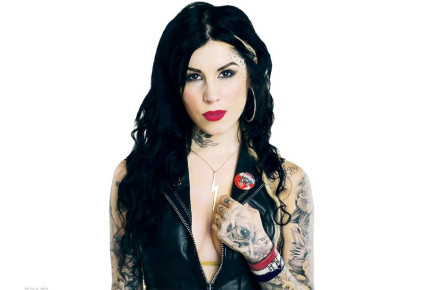 Who are the most famous tattoo artists we love widewalls for Girl tattoo artist