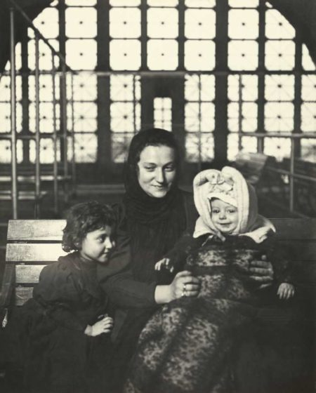 Lewis Wickes Hine-An Ellis Island Madonna (Russian Family)-1905