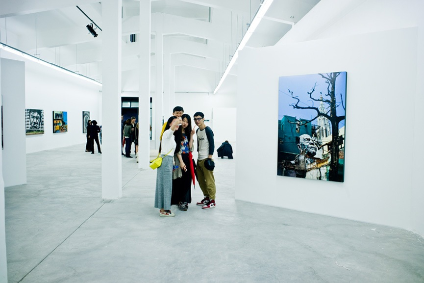 Located in the proximity of the Long Museum West Bund and West Bund Art Center