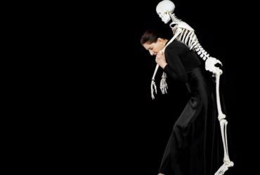 Marina Abramovic-Carrying the Skeleton-2008