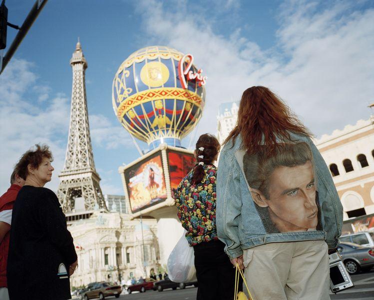 contact the fair to visit the grand palais venue