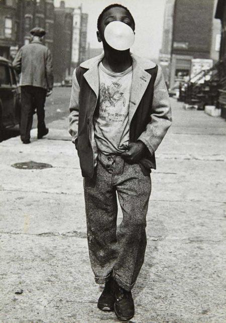 Marvin E. Newman-Chicago (Boy blowing bubble)-1952