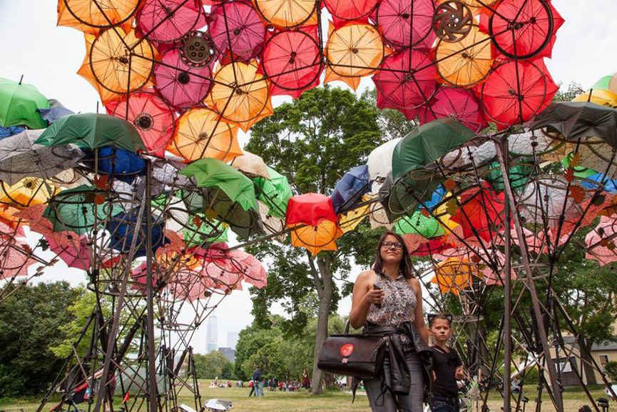 Best Public Art Installations in New York 2015 twitter, world, square