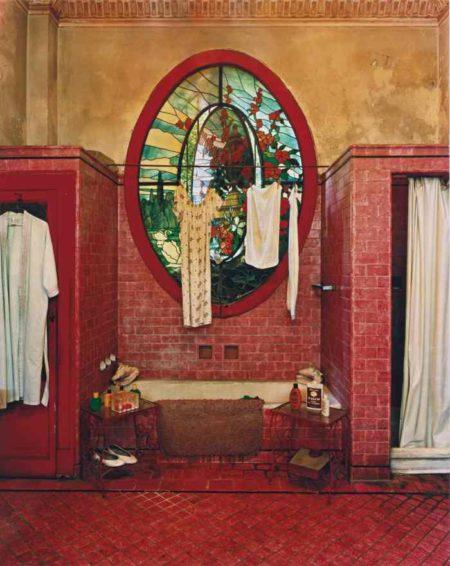 Red Bathroom (Havana)-2002