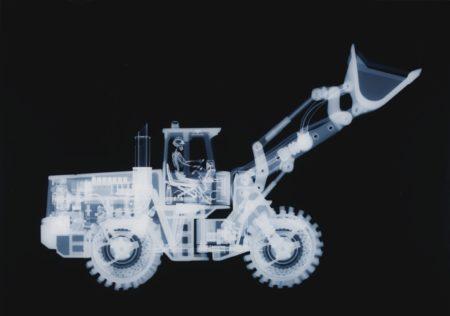 Nick Veasey-Bulldozer-2007