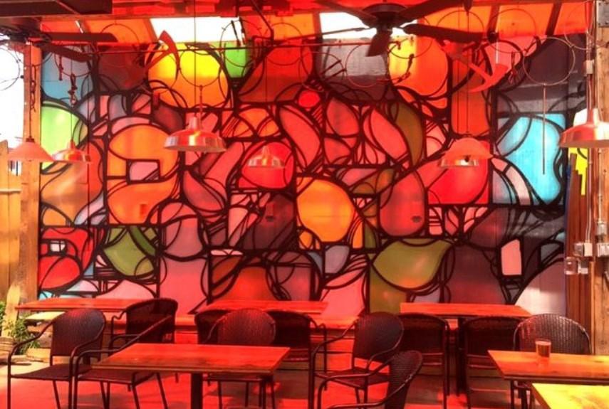 graffiti restaurant