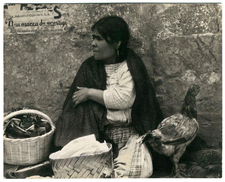 Paul Strand - Woman with Hen, Tenancingo, Mexico, 1933