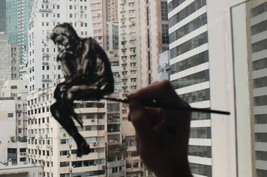 Pejac - The Re-Thinker - Hong Kong, 2015