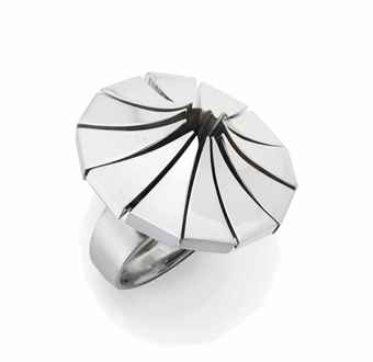 Pol Bury-Bague 12 Triangles Convexes En Argent-2004
