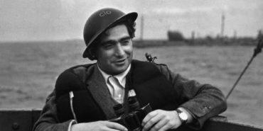 Robert Capa portrait - Copyright Magnum Photos picture photographers